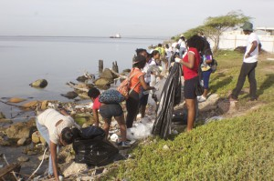 GK International Coastal Cleanup Day 2016